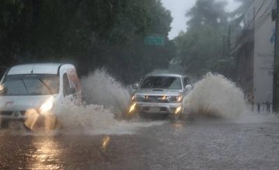 HOY / Alerta de tormentas para Central y  otros departamentos