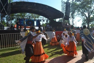 El Festival de la Cerámica y la Artesanía se realiza hoy en Tobatí