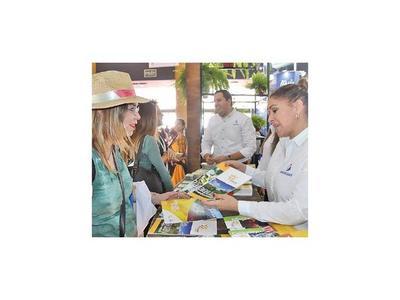 Paraguay se presenta  en feria de turismo