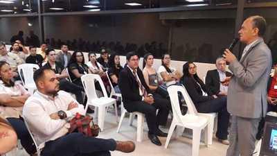 "Seminario en Documentología y Balística Forense"" en CDE"