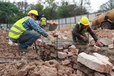 Obras avanzan con construcción de pilotes en el Botánico