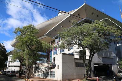 Impulsarían juicio político del ministro Ramírez Candía de la Corte por mal desempeño