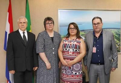 Barren a gerentes y asumen nuevas autoridades en Fundación Tesãi