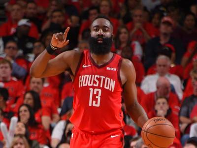 Un tiut desata disputa entre China y la NBA