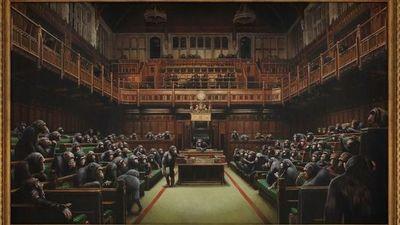 El Parlamento lleno de chimpancés de Banksy se vende por $ 12,2 millones