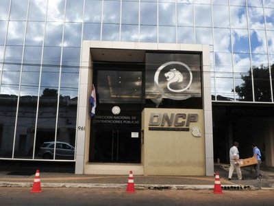 DNCP  investiga vinculación de Ullón en consorcio y suspende licitación
