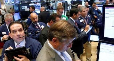 Wall Street cae y espera resultados de las conversaciones comerciales entre China y EE.UU