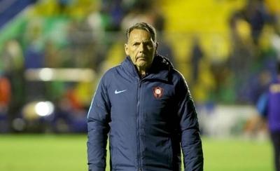 HOY / Tras Russo, 10 técnicos en 5 años hacen de Cerro un carrusel de desaciertos