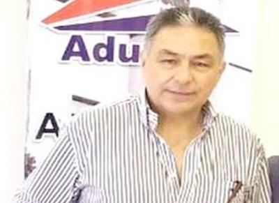 HOY / Aduanero disfrazado de pastor:   gana 49 millones, insta a rezar y  'es acosador sexual en Uruguay'