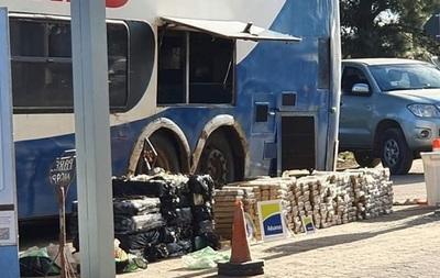 Uruguay: Detienen a colectivo paraguayo con casi una tonelada de marihuana