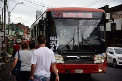 Levantan paro anunciado por transportistas