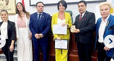 Sumario por homenaje a una exvedette argentina