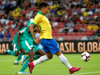 Brasil solo consigue igualar ante Senegal