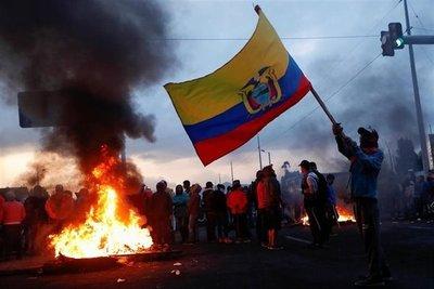Muerte de indígena en Ecuador complica diálogo con el Gobierno