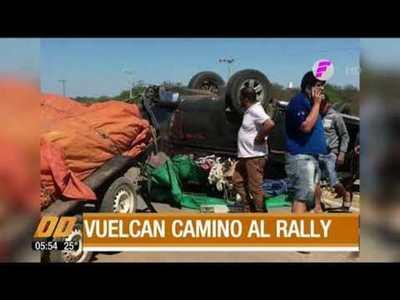 Vuelcan camino al Rally del Chaco