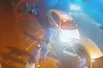 Taxistas dicen que chofer de Uber fue el que comenzó salvaje pelea