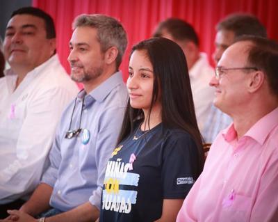 En Día Internacional de la Niña, Lucía asume como presidenta por un día