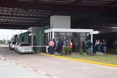 Rige nuevo horario para el paso fronterizo de Ayolas para Ituzaingo
