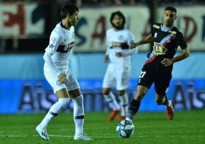Los Romero se divierten en San Lorenzo contra Arsenal