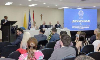 Ministro Ramírez Candia disertó en encuentro internacional de jueces y abogado