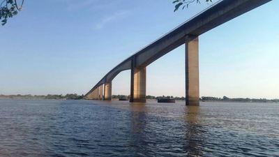 Autoridades dialogan con indígenas para destrabar bloqueo del Puente Remanso