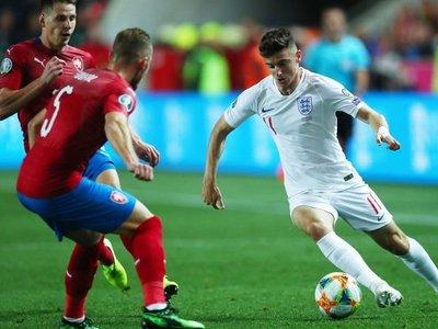 Inglaterra vuelve a perder diez años después