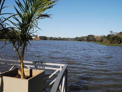 Ciudadanos  protegerán el arroyo Amambay y  el Lago de la  República
