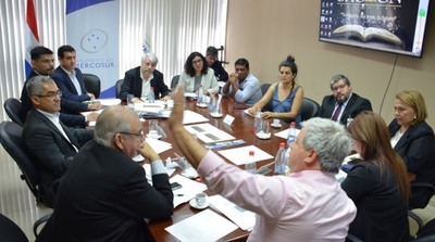 El Parlasur apoya la mesa de diálogo para indígenas en la zona de Itaipú