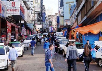Destacan incremento del comercio en Ciudad del Este debido a periodo de vacaciones en Brasil