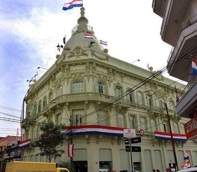 Hacienda subasta 35 inmuebles en cinco departamentos