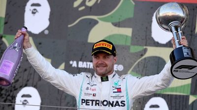 Bottas se queda con el Gran Premio de Japón