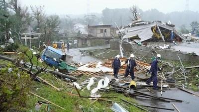 Al menos una veintena de muertos y un centenar de heridos tras el paso del tifón Hagibis en Japón