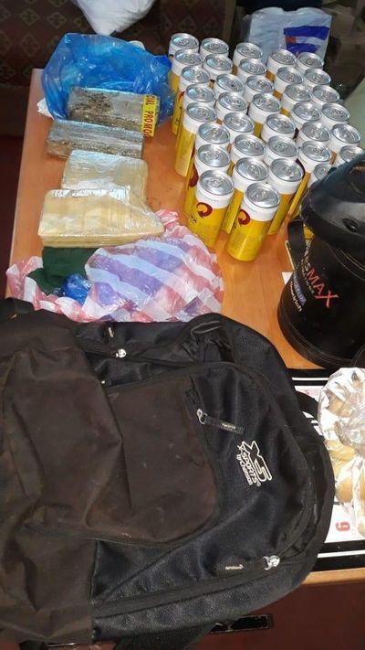 Guardia de seguridad pretendía ingresar cervezas y marihuana al penal de PJC