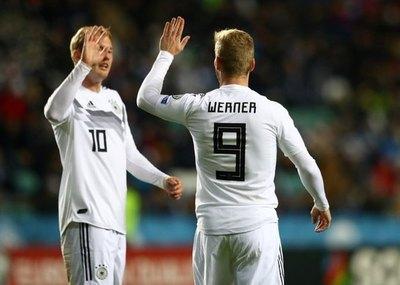 Rusia y Polonia ya están en la 'Euro'; Alemania y Holanda, a punto
