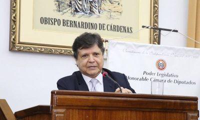 """Nuevo ministro del Interior apunta a """"desinfectar"""" la Policía Nacional"""