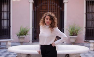 """HOY / Cantante uruguaya pretende conquistar al público paraguayo con """"Palabras Clásica"""""""