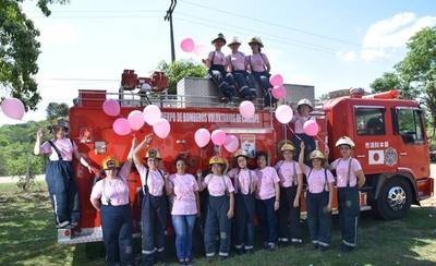 HOY / Bomberas se unen contra el cáncer de mamas