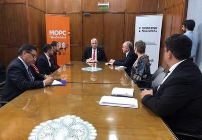MOPC financiará obras en Ciudad del Este