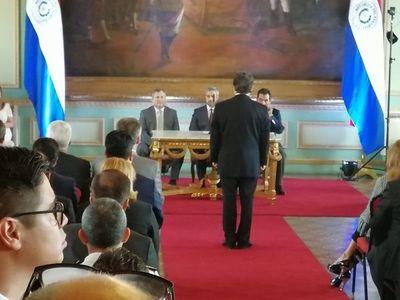 Jura Euclides Acevedo como ministro del Interior