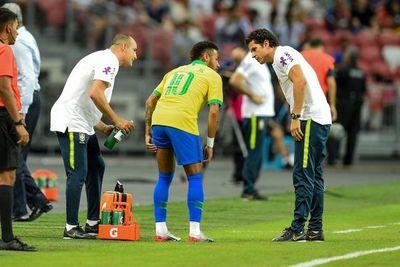 Neymar, un mes de baja