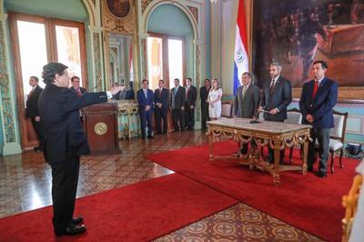 Mandatario tomó juramento a Euclides Acevedo como ministro del Interior