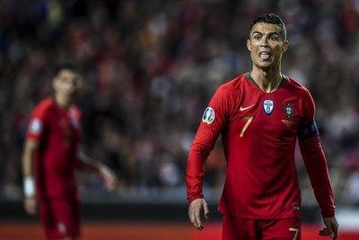 Cristiano Ronaldo se anotó con un nuevo e histórico récord