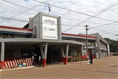 Funcionarios administrativos y de seguridad de penitenciarias anuncian huelga