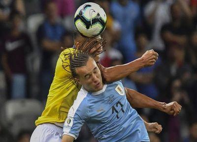Perú busca la revancha ante el duro Uruguay