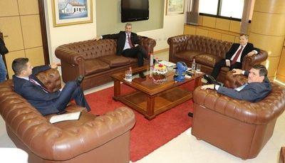 Mario Abdo sostienen que el consenso es el único camino para aplicar políticas públicas