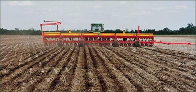 Luego de las lluvias avanza a buen ritmo la siembra se soja