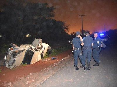 Barra led encandiló a conductor y perdió el control
