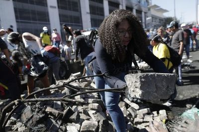 Ecuador: Tarifas de combustibles y transporte vuelven a valores anteriores a protestas