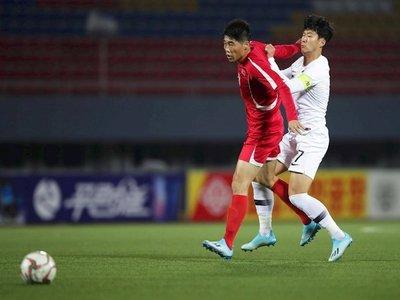FIFA disgustada por falta de público en partido entre dos Coreas en Pyongyang