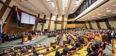Rasmussen lamenta que los ministros sigan pidiendo ampliaciones ante la Bicameral